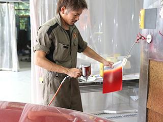 車の鈑金・塗装